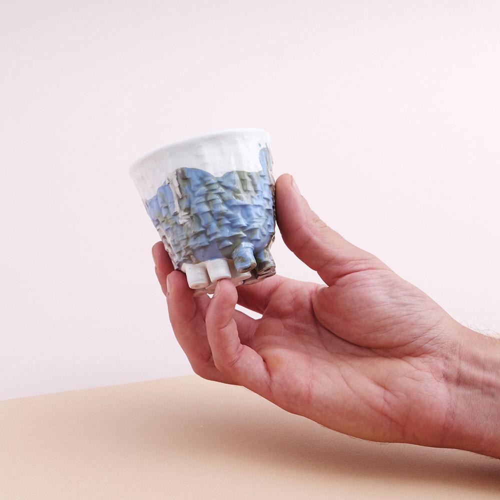 Small cup little feet light blue