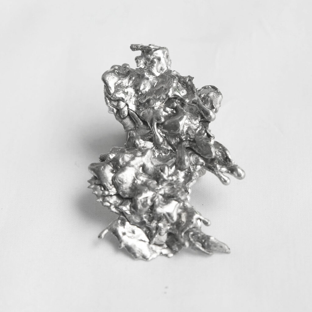 Tin earrings lava