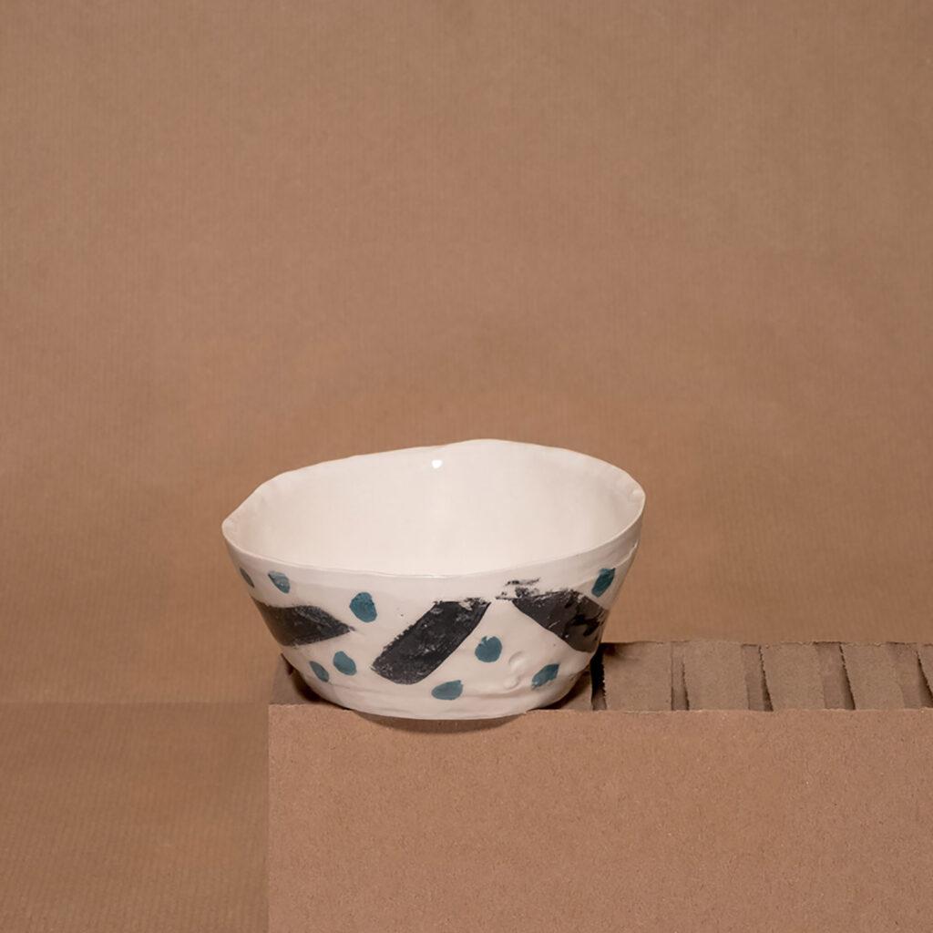 Strana rifinita bowl