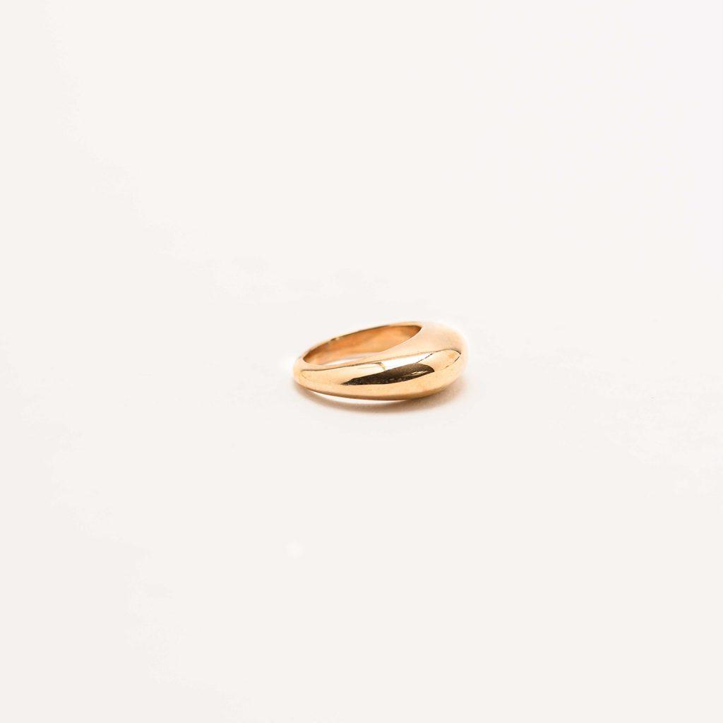 Regular bronze ring