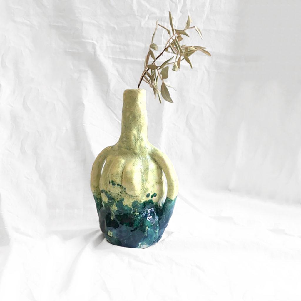 Wonder vase