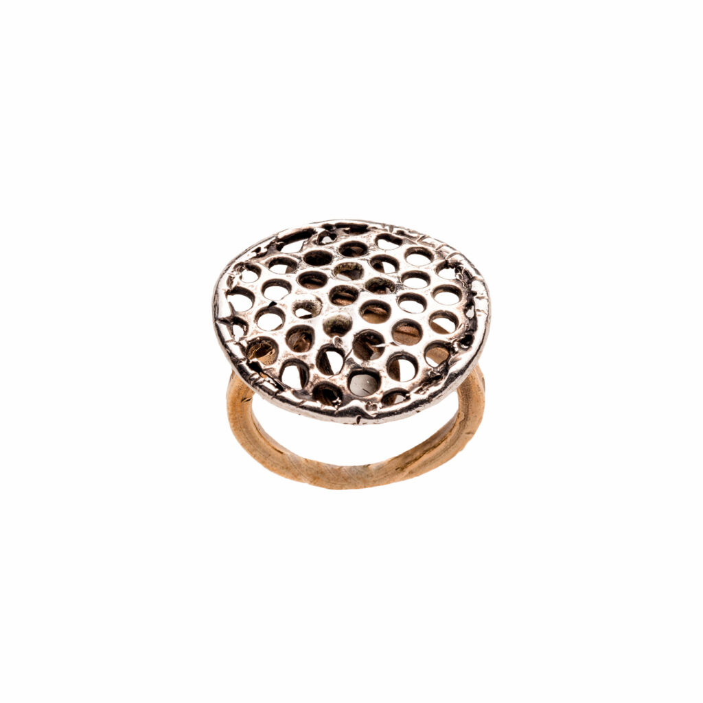 Alveare ring