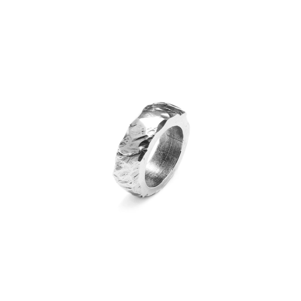 Chunky ring III