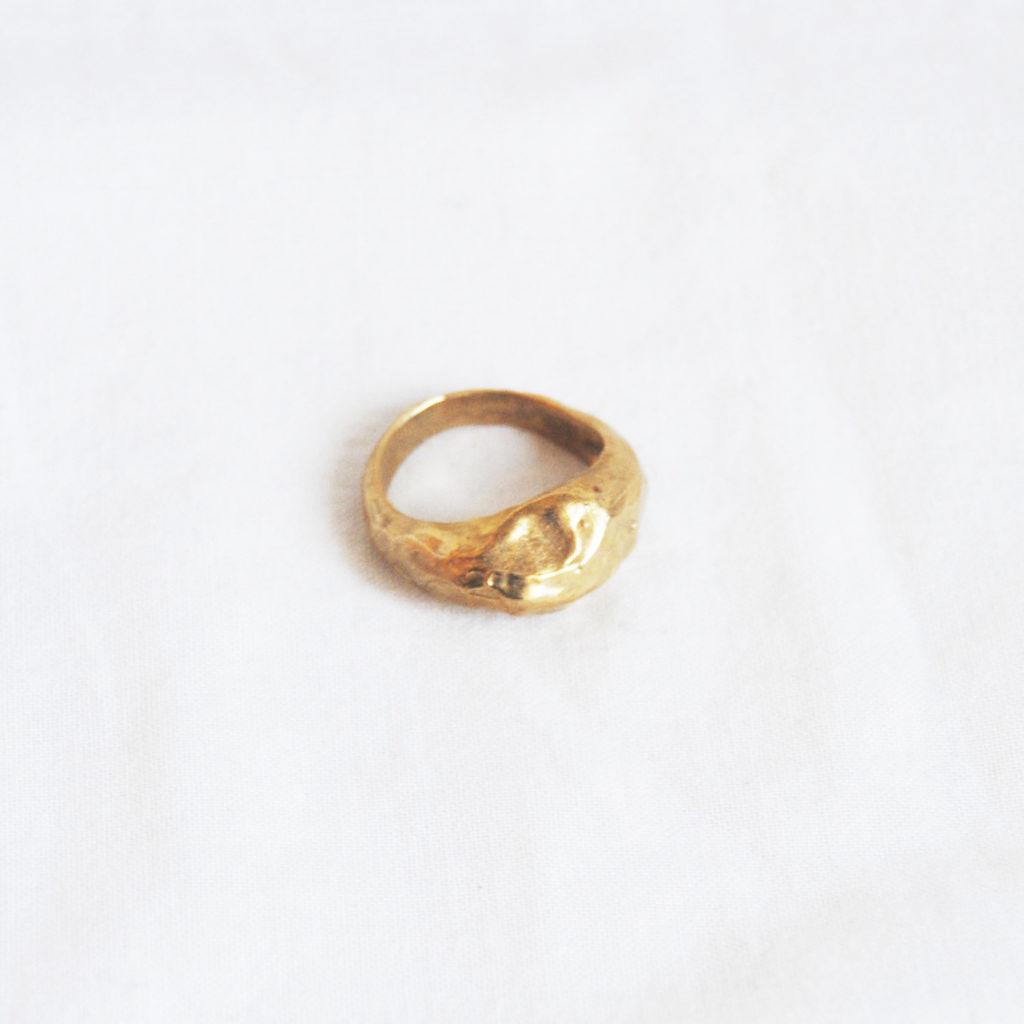 Rough geometries ring bronze