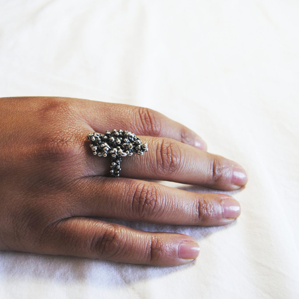 Bubble ring silver