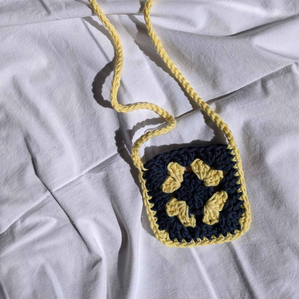 Mini Granny Bag yellow-blue