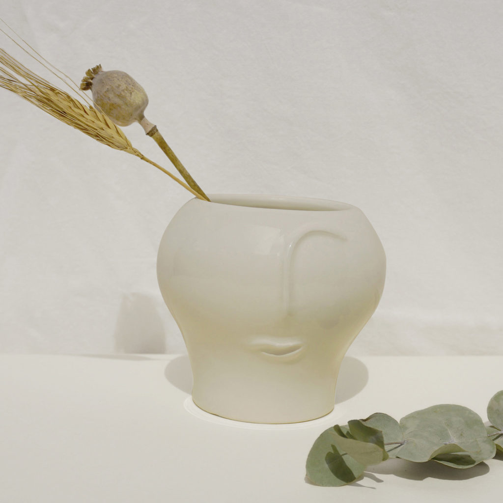 Personae - white vase