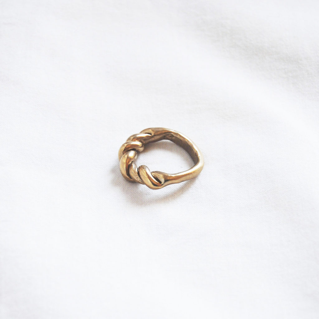 Torchon ring bronze