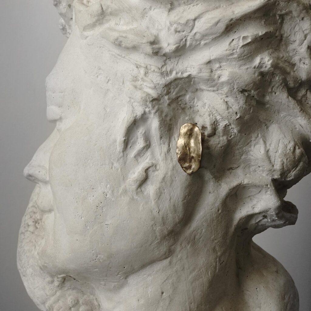 Trace Oval Earrings