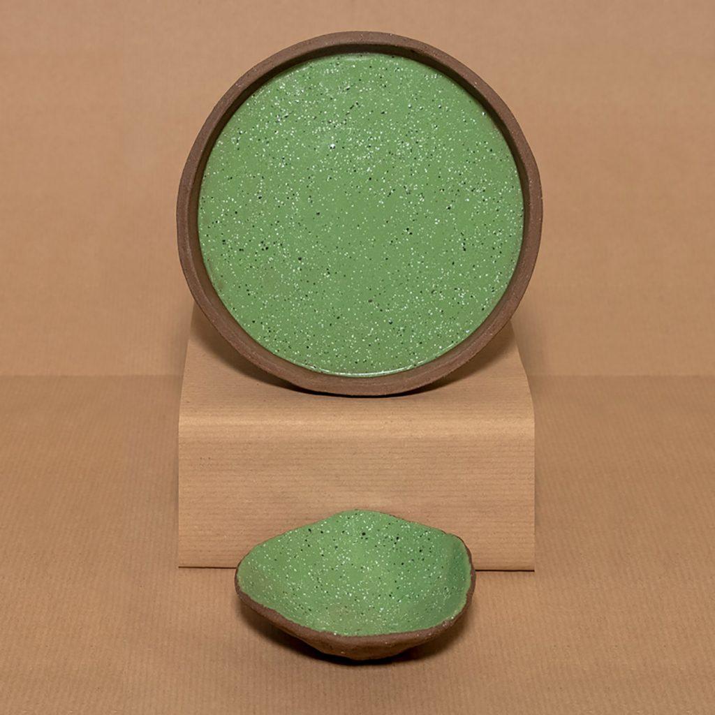 Kiwi green bowl and plate