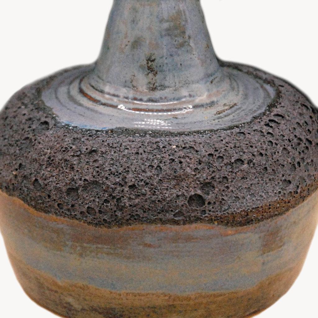 Magma vase black